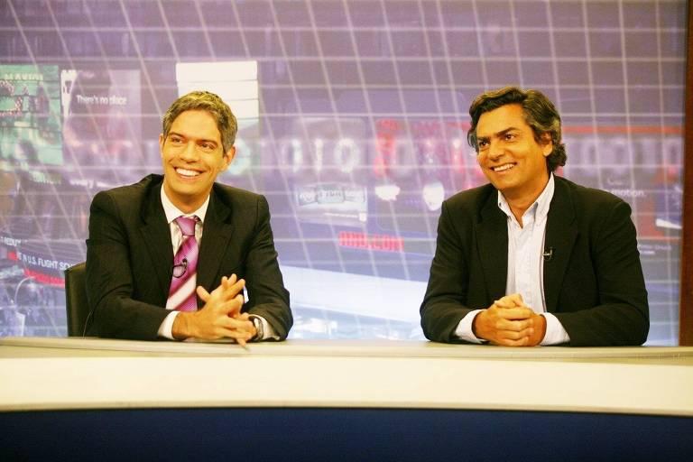 """Os apresentadores Ricardo Amorim (à esq.) e Diogo Mainardi durante o programa """"Manhattan Connection"""""""