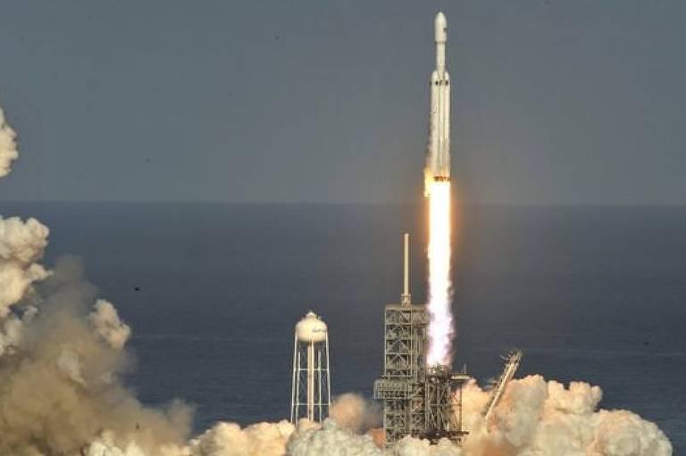 Veja imagens e saiba mais sobre a história da SpaceX
