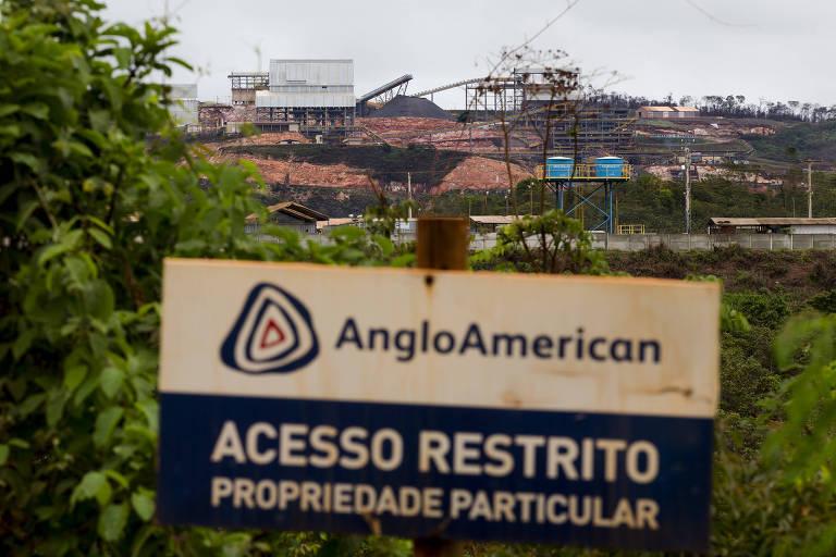Instalações da mineradora Anglo American em Conceição do Mato Dentro (MG), durante obras do mineroduto Minas-Rio em 2014