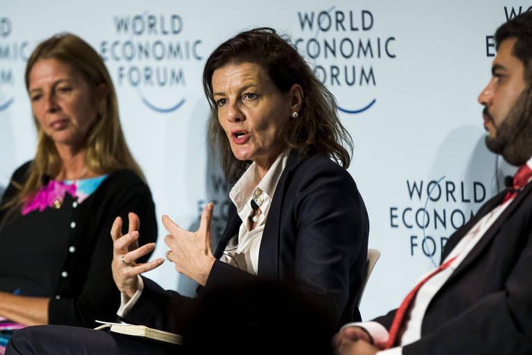 Ngaire Woods, reitora da Escola de Governo Blavatnik da Universidade de Oxford, fala no Fórum Econômico Mundial em São Paulo