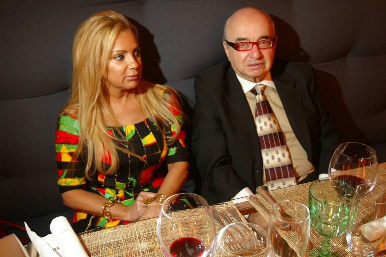 Meggy e Juan Figer em jantar de 2006, na loja de móveis de luxo Montenapoleone assinado pelo chef Alex Atala