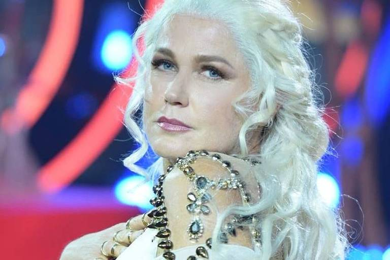 "Xuxa se vestiu de Daenerys para homenagear ""Game of Thrones"" no Dancing Brasil"