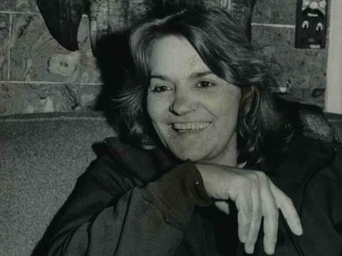 DATA: 1982 - A escritora Cassandra Rios durante entrevista à Folha. (Foto: Derly Marques/Folhapress)