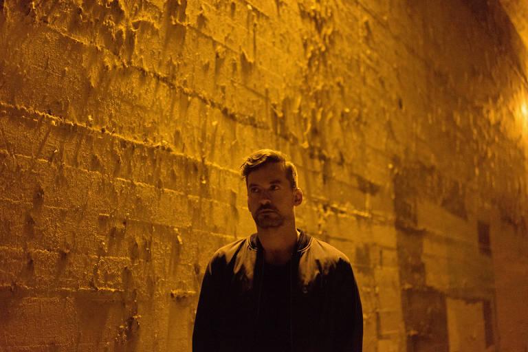 Um dos pioneiros no downbeat o DJ e produtor britânico Bonobo toca na Audio