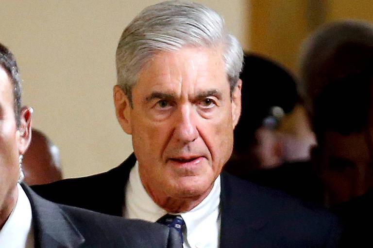 O procurador especial Robert Mueller deixa encontro com senadores americanos, no Capitólio, em junho de 2017