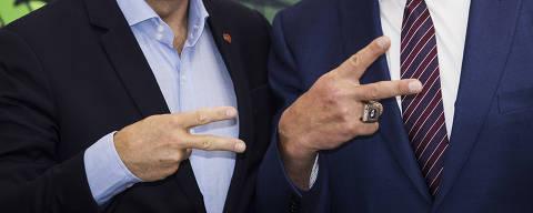 Sao Paulo, SP, BRASIL, 24-04-2017:  Ator e ex governador da California, Arnold Schwarzenegger, se encontra com o Prefeito Joao Doria na Prefeiruta de Sao Paulo. Arnold esta em SP por conta de feira de suplementos alimentares (Foto: Eduardo Knapp/Folhapress, COTIDIANO).