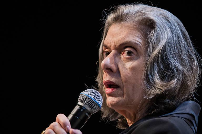 A presidente do STF, ministra Cármen Lúcia, em evento ligado ao Fórum Econômico Mundial em São Paulo