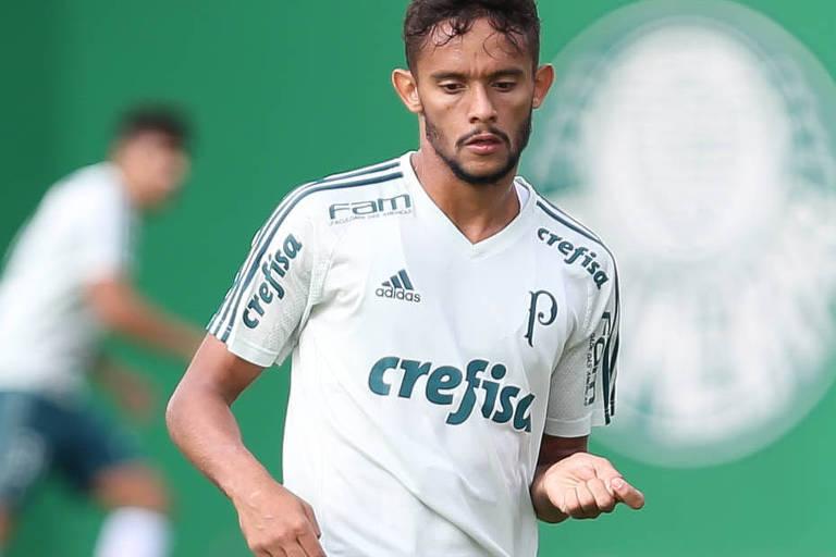 Fluminense vence batalha judicial e Scarpa volta ao clube