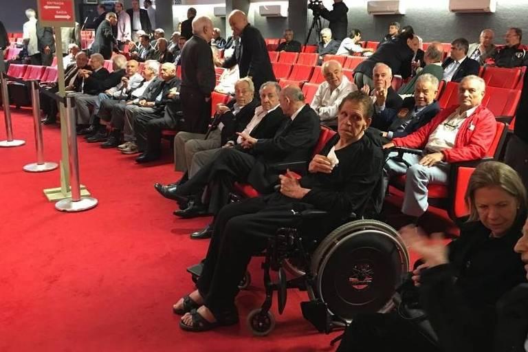 Mesmo acometido por esclerose lateral amiotrófica (ELA), conselheiro José Alfredo Madeira foi ao São Paulo votar na última eleição