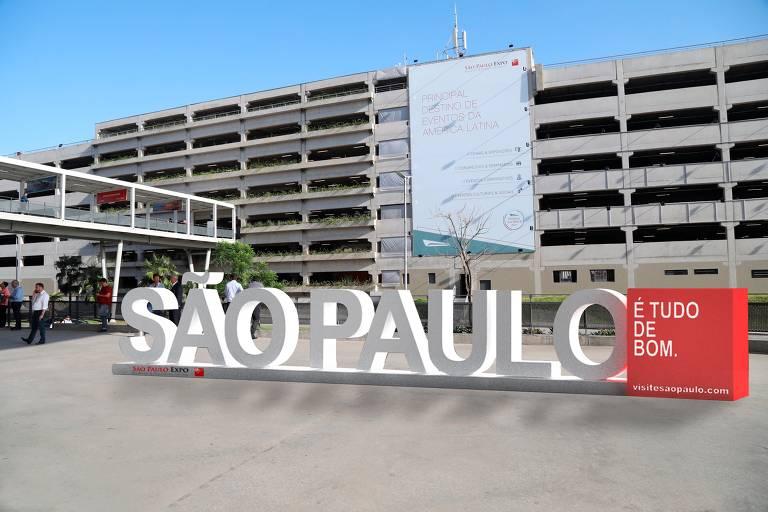 São Paulo ganha escultura-símbolo 'São Paulo é tudo de bom').