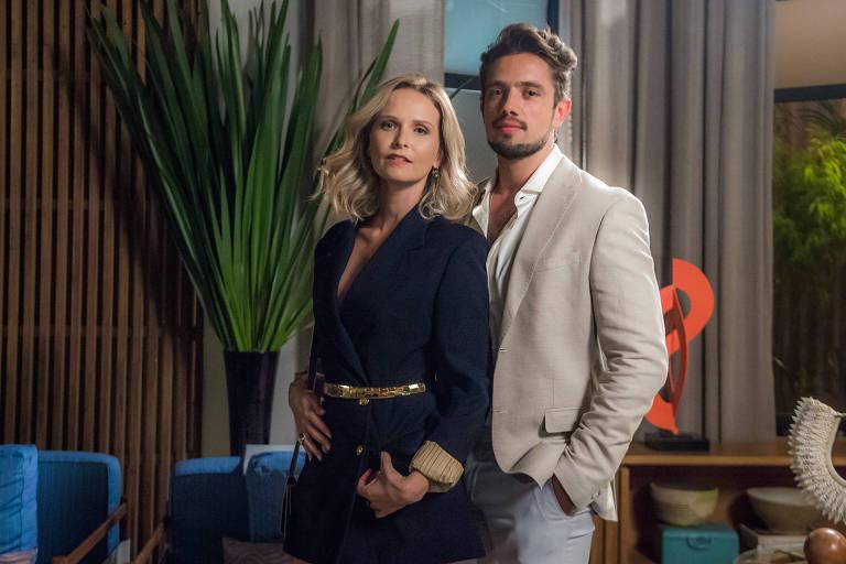 Fernanda Rodrigues e Rafael Cardoso em 'O Outro Lado do Paraíso'