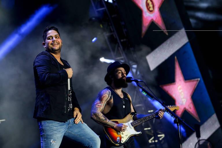A dupla Jorge e Mateus durante show em edição do festival VillaMix em São Paulo, em outubro de 2017