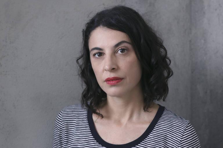 A escritora Giovana Madalosso