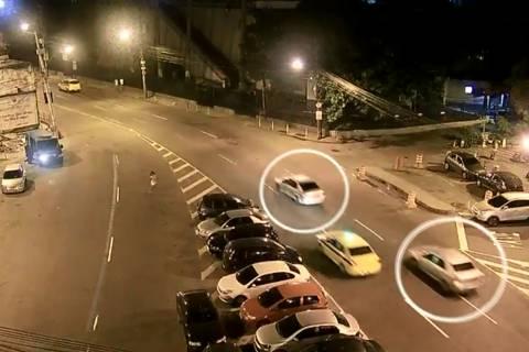 Câmeras de segurança mostram possível perseguição a Marielle