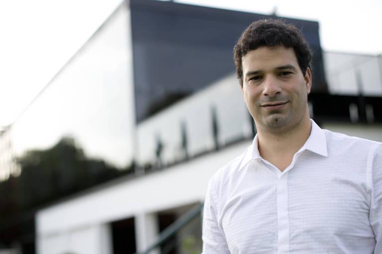 Gustavo Vieira de Oliveira, ex-gerente executivo do Santos, negocia com a diretoria do Botafogo desde setembro de 2017