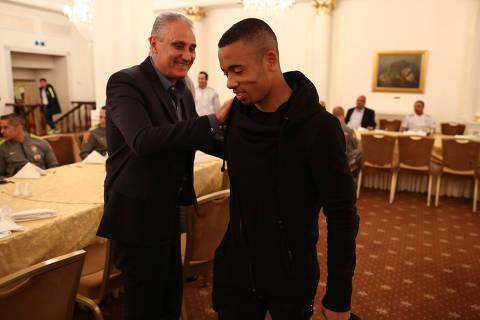MOSCOU,RU - 18/3/2018 - Tite recebe Gabriel mJesus em hotel de Moscou. . (Foto: CBF/Divulgacao, VENCER) *** EXCLUSIVO AGORA SAO PAULO ***