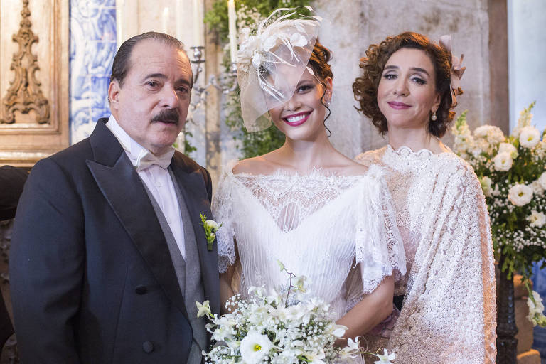 Tony Ramos, Vitória Strada e Marisa Orth, atores de 'Tempo de Amar'