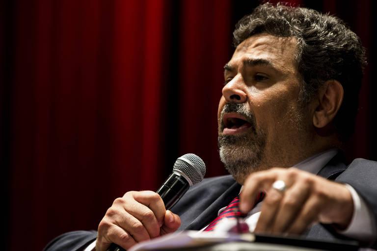 O promotor de Justiça do Ministério Público de São Paulo, Roberto Livianu, fala em sua participação no Seminário sobre Etica Midia e Transparência : Os desafios do combate à corrupção. A foto é de outubro de 2017.