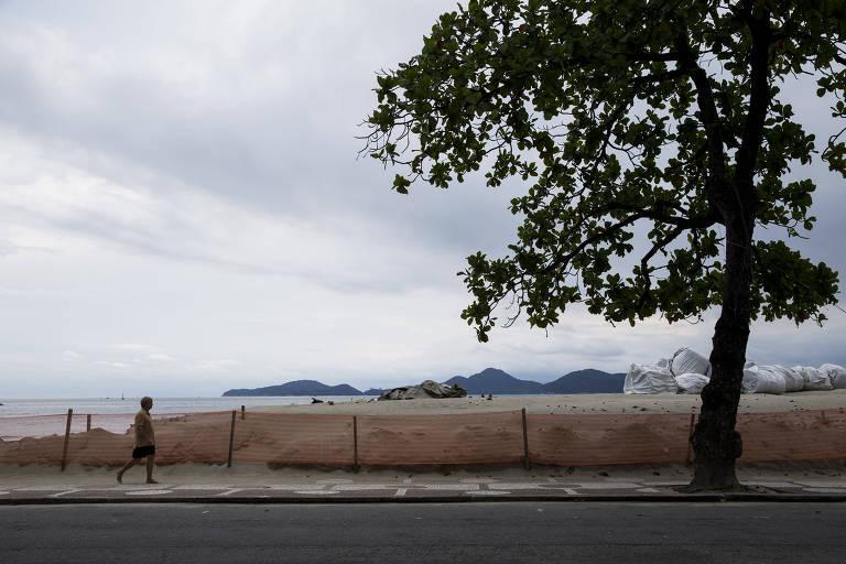 Barreira contra ressaca em Santos