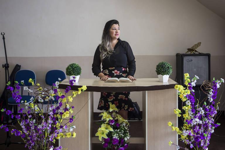 A pastora Luana Sidnei está tentanto regularizar a igreja ministério Providência de Deus, que fica em São Miguel Paulista, na zona leste de SP
