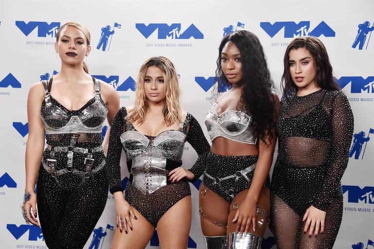 Dinah Jane, Ally Brooke, Normani Kordei and Lauren Jauregui, integrantes do Fifth Harmony no MTV Video Music Awards de 2017
