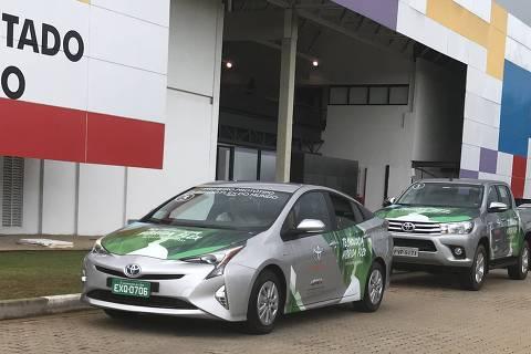 Protótipo Toyota Prius Flex se prepara para iniciar viagem até Brasília partindo da sede da investe SP, no bairro do Butantã