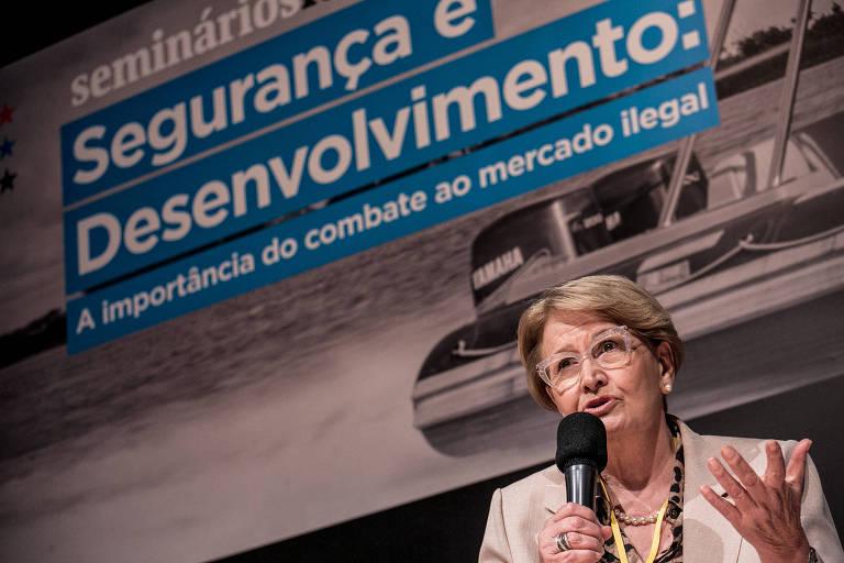 Tolerância com pirataria e carga tributária incentivam contrabando, diz senadora