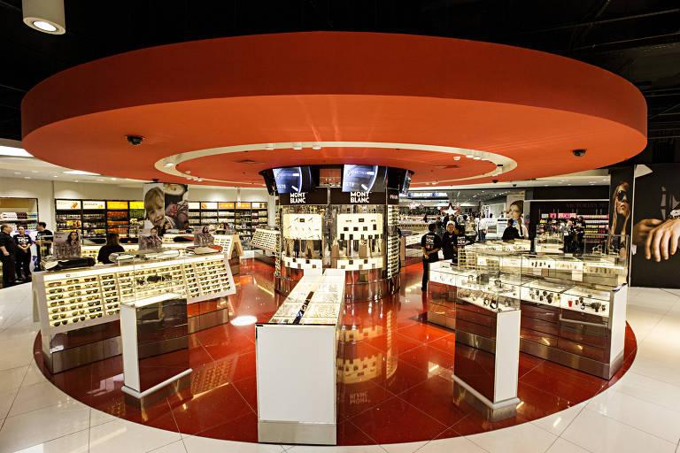 Loja de free shop no aeroporto de Guarulhos