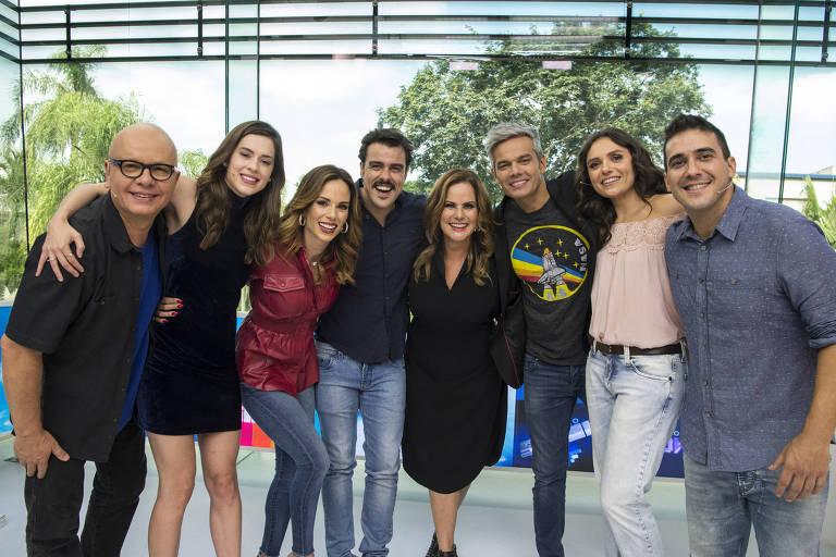 Vídeo Show 35 anos: Monica Iozzi, Renata Ceribelli, Otaviano Costa, Sophia Brahao, André Marques, Marcelo tas e Ana Furtado e Joaquim Lopes.