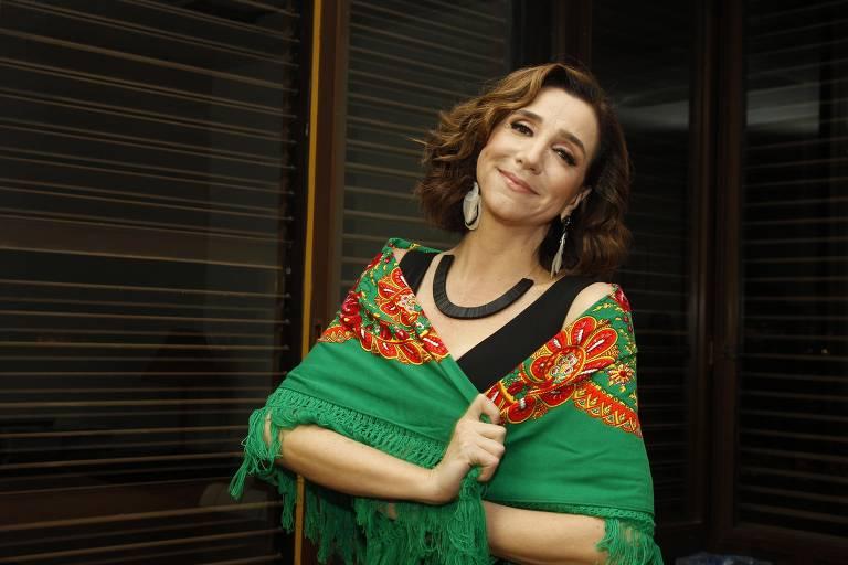 A atriz e cantora Marisa Orth.