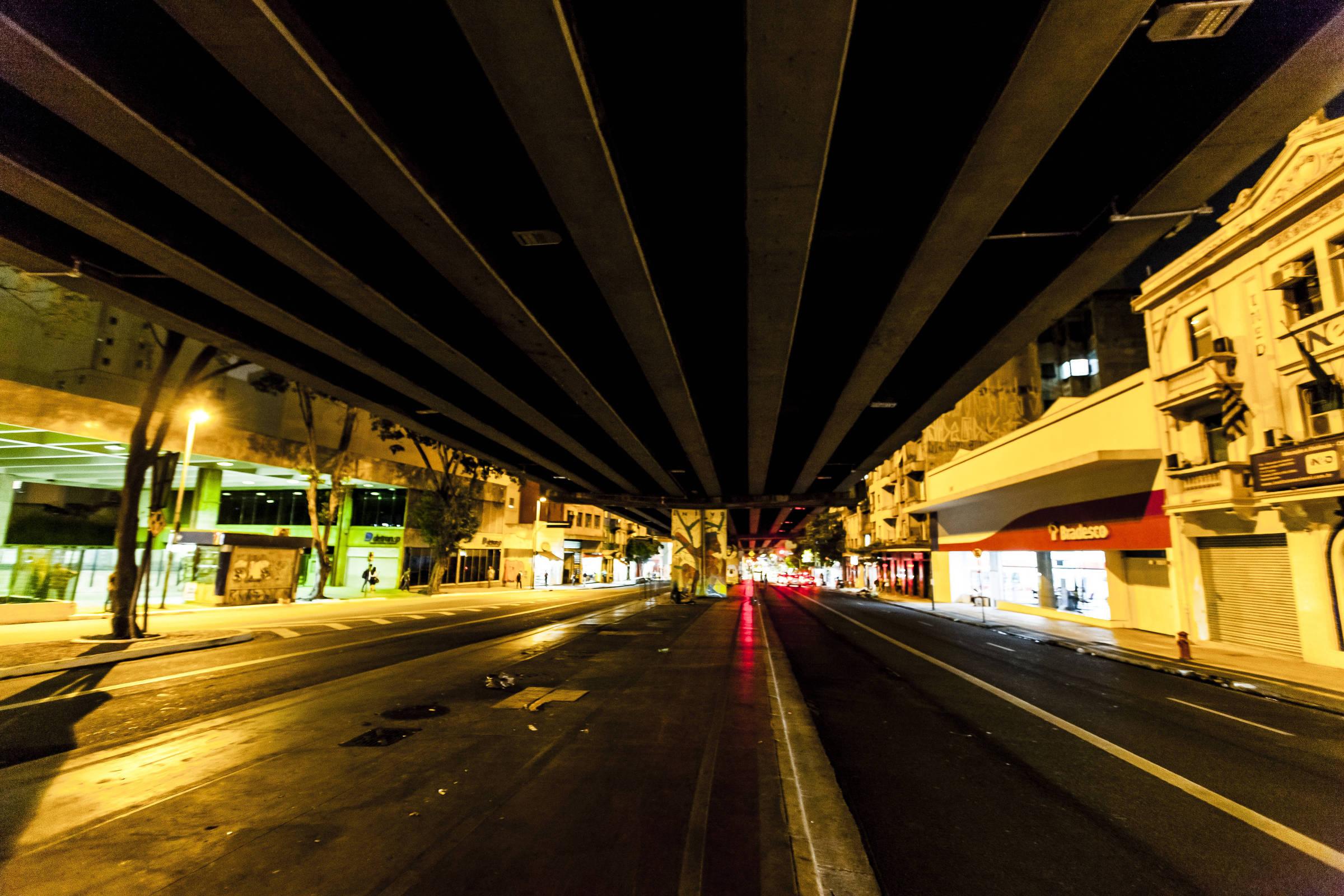 Gestão Bruno Covas desiste de iluminação inteligente em São Paulo