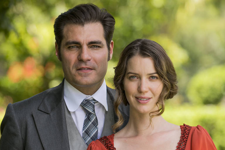 Elisabeta Benedito (Nathalia Dill) e Darcy Williamson (Thiago Lacerda), protagonistas de 'Orgulho e Paixão'