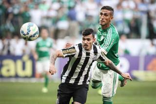 Santos quer R$ 36 milhões para liberar o lateral Zeca