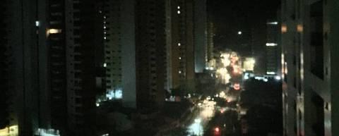 Apagão no bairro Meireles, em Fortaleza