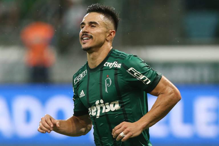 Willian, do Palmeiras, comemora gol marcado na goleada por 5 a 0 sobre o Novorizontino, no Allianz Parque
