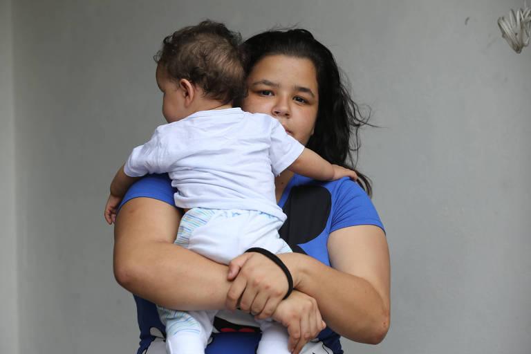 Creche municipal fecha e deixa bebê de sete meses trancado sozinho em SP