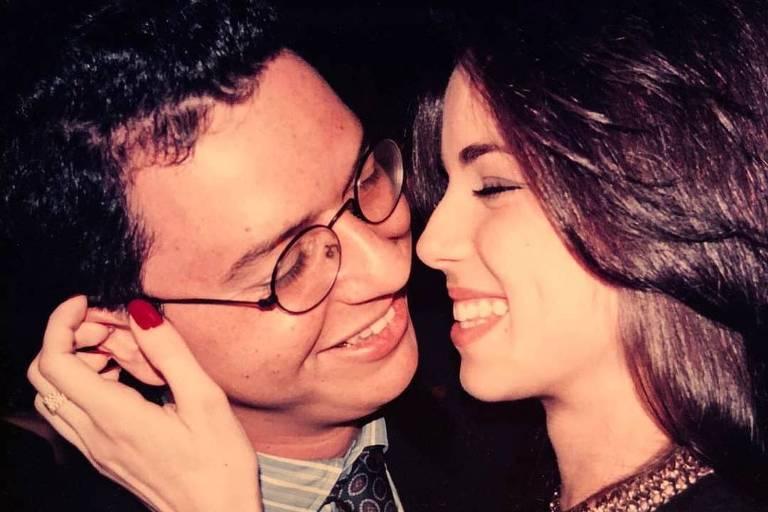Completando 18 anos de casados, Ana Furtado se declara para Boninho