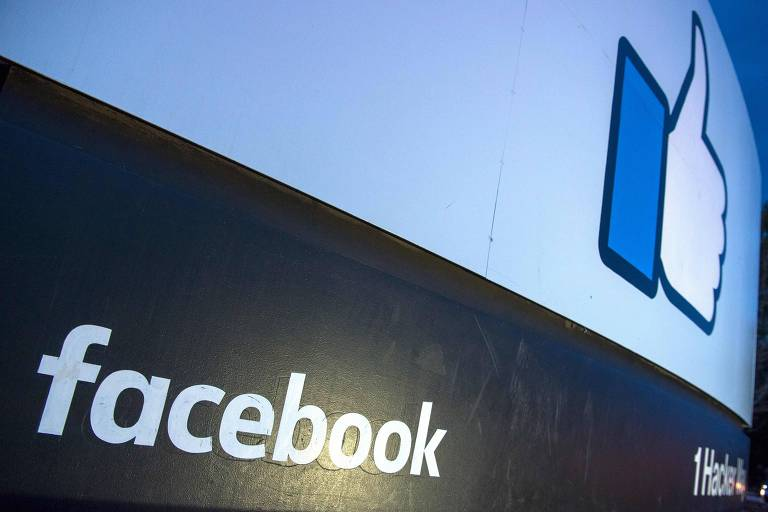 """Facebook está construindo um novo controle de privacidade chamado """"clear history"""""""