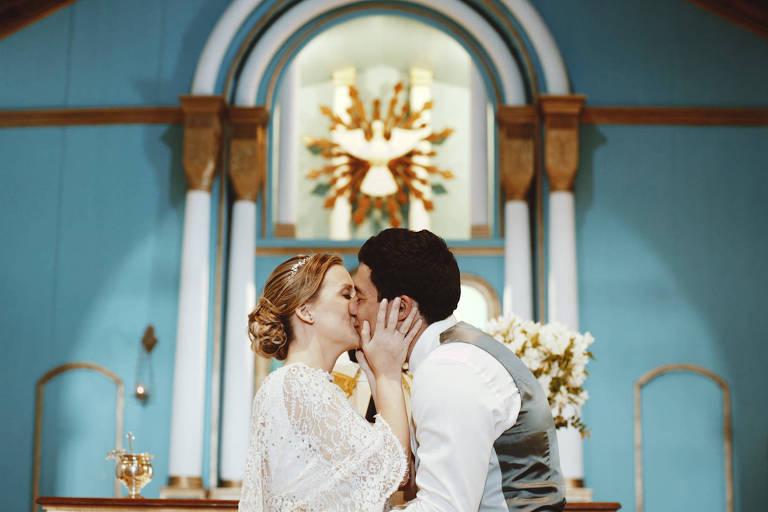 Drones, teasers e reality show estão em alta na hora de registrar o casamento