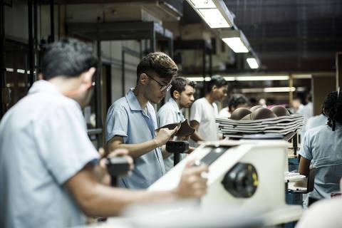 Setor privado puxa recuperação do PIB, diz levantamento do governo