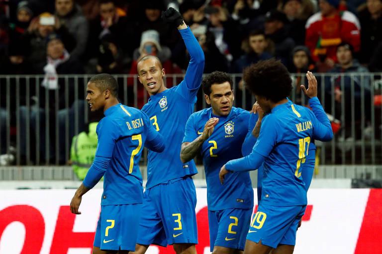 Brasil 3 x 0 Rússia