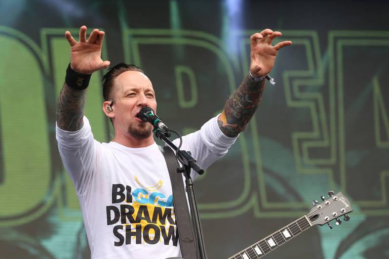 A banda Volbeat se apresenta no palco Onix, no primeiro dia do Lollapalooza