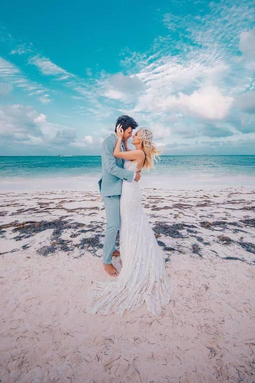 Noivos se casaram neste sábado (24) em Punta Cana, República Dominicana