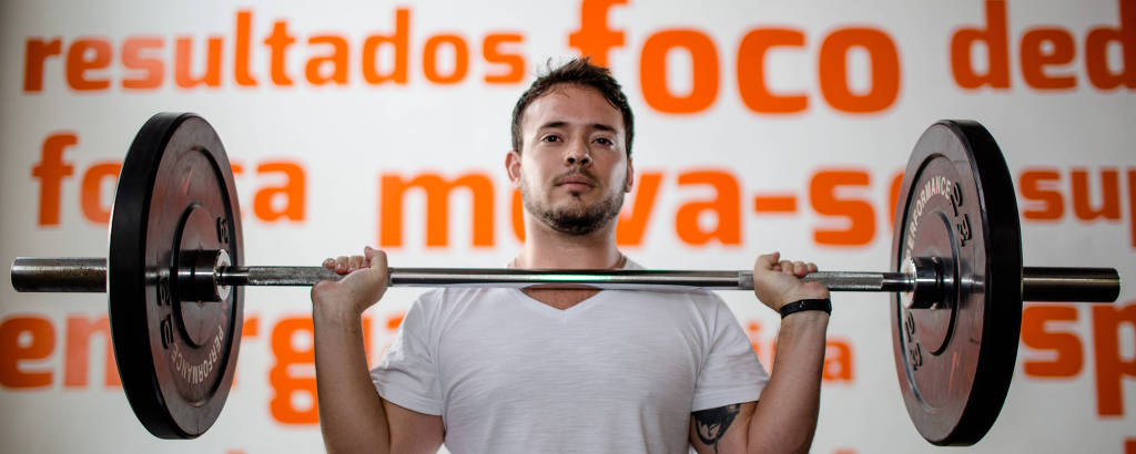 O supervisor de compras Danniel Bandeira, 33, que se lesionou em uma competição mas depois voltou ao treino funcional