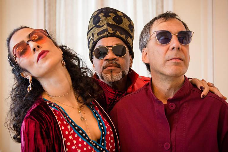 Marisa, Brown e Arnaldo, do projeto Tribalistas, que lançou um novo álbum após um hiato de 15 anos