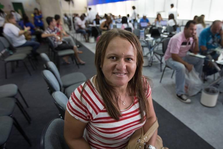 Vilma Rosa, 37, na edição do Feirão Limpa Nome 2015, que renegocia dívidas de consumidores para que possam voltar a ter acesso a crédito