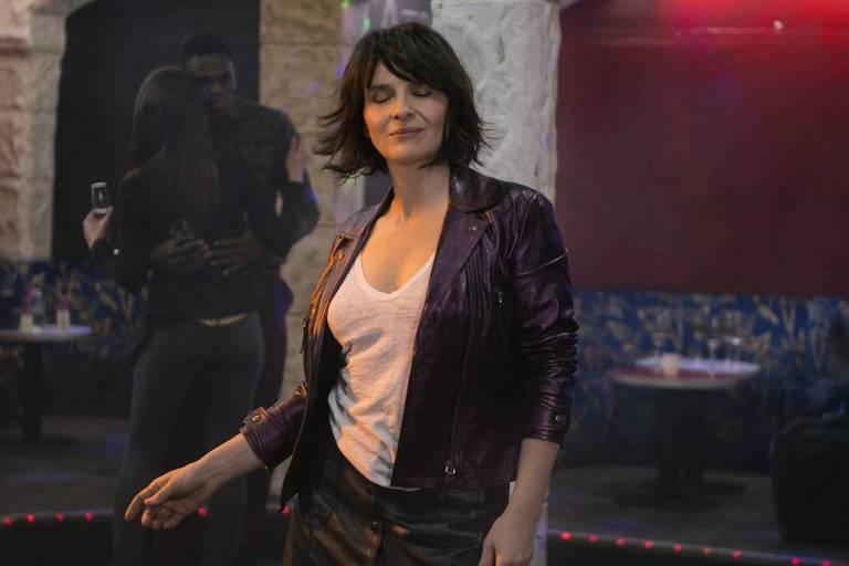 Juliette Binoche interpreta Isabelle, uma mulher frustrada com comportamento dos homens