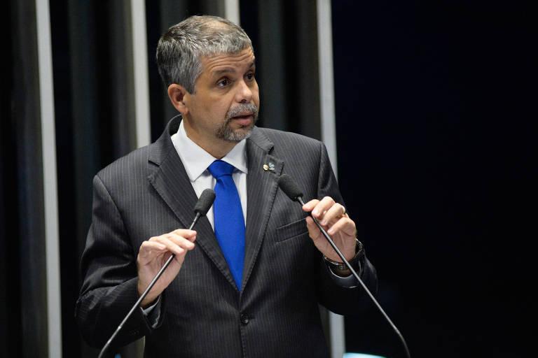 O presidente da Associação Nacional dos Procuradores da República, José Robalinho Cavalcante, fala na tribuna do Senado