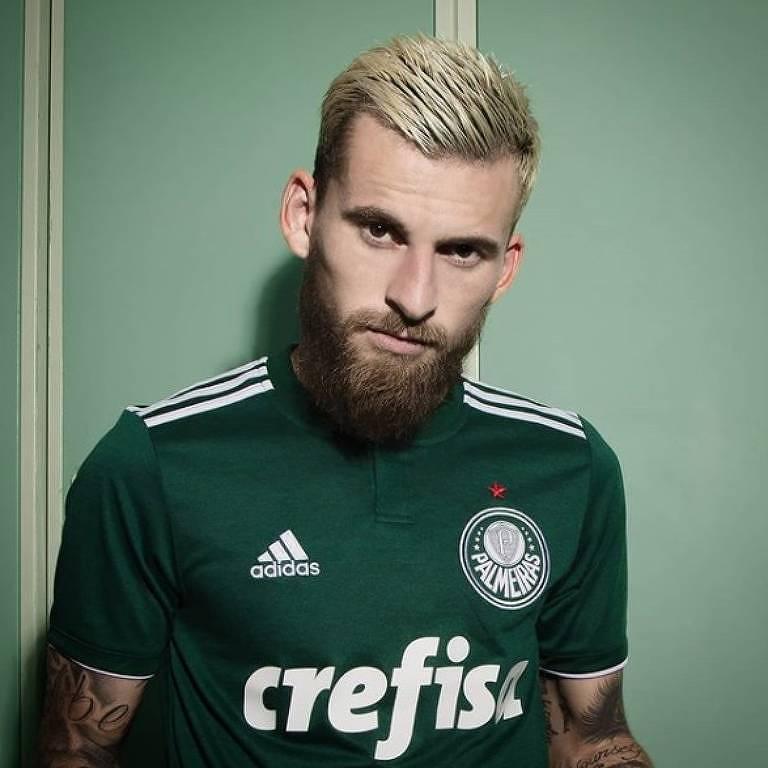 d1de5cc70b Nova camisa do Palmeiras resgata escudo oficial e tem só um tom de ...