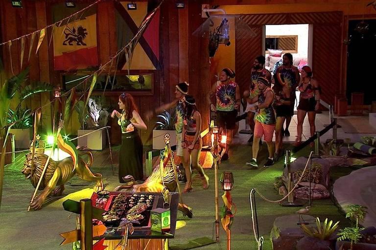 Participantes do BBB 18 na festa reggae